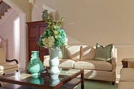 coffee table decor and arrangements lovetoknow