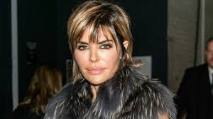what skincare does lisa rimma use actress lisa rinna from the real housewives of beverly hills youtube