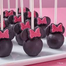 minnie mouse cake minnie mouse cake pops wilton