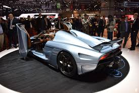 koenigsegg paris koenigsegg regera the world u0027s fastest hybrid at geneva auto show