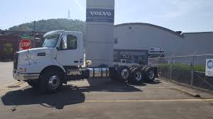 volvo truck center near me 2018 volvo vhd84b200 995736 wheeling truck center wheeling