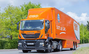 tnt uk opts for iveco stralis after six month trial fleet uk haulier