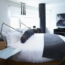 chambre avec lit rond chambre d hôtel le lit rond hôtel le germain maple leaf square