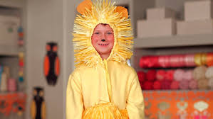 halloween lion costumes video paper made lion costume for halloween martha stewart
