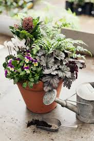 how to make a winter hardy container for the garden containers