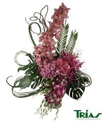 flowers international tria s flowers international women s day trias flowers weddings