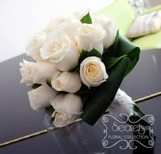 wedding flowers toronto bridesmaid and toss bouquets secrets floral collection toronto