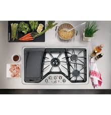 Ge Gas Cooktop Reviews Ge Cafe 36 Inch Gas Cooktop Cgp650setss Built In Deep Recessed