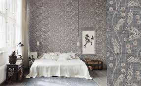 chambre papier peint papiers peints fleuris pour une chambre au fil des couleurs