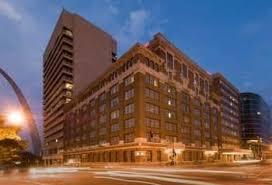 1 Barnes Jewish Hospital Plaza Pet Friendly Hotels Near Barnes Jewish Hospital In St Louis From