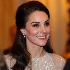 kate middleton s shocking new hairstyle best 25 kate middleton age ideas on pinterest kate middleton