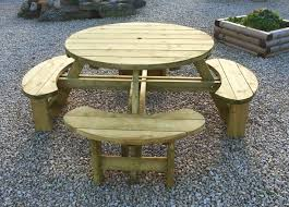 Plans For Making A Round Picnic Table by The 25 Best Round Picnic Table Ideas On Pinterest Picnic Tables