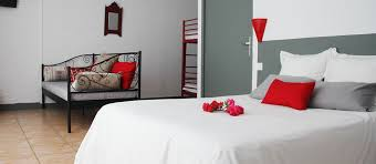 chambre hotel 4 personnes chambre handicapée adaptée aux personnes à mobilité réduite pmr 4