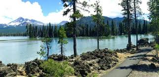 scenic byway pull off for adventure on cascade lakes scenic byway