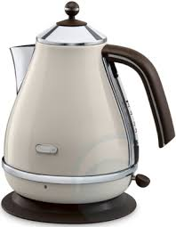 Delonghi Toaster Vintage Délonghi Vintage Kettles U0026 Toasters Now Available Win A Vespa