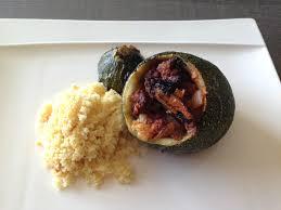 cuisiner la courgette ronde courgettes rondes farcies aux merguez fish custard