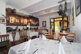 Wohnzimmer Restaurant Restaurant Bodega Dali Spanisches Restaurant Direkt Am Rhein
