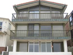 apartment unit house at 2308 the strand manhattan beach ca 90266