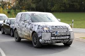 new land rover discovery 2017 land rover discovery 5 shows up for its first spy shots ever