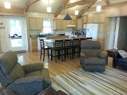 ideal 2 family huge main room great beach screened porch patio