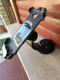 porta telefono auto usato porta telefono auto samsung in 00168 roma su 8 00 shpock