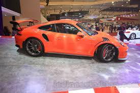 porsche 911 indonesia porsche 911 gt3 rs side at the 2015 gaikindo indonesia