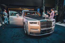 roll royce car 2018 the 2018 rolls royce phantom unveiled in sydney the versatile gent