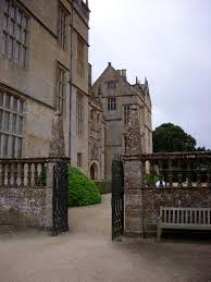 file side gate montacute house 338476148 jpg wikimedia commons