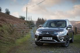 mitsubishi outlander 2016 black 2017 mitsubishi outlander phev gets performance upgrade slightly