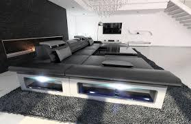 wohnzimmercouch l form graue couch in u form und graue sofas couch regale farben regal