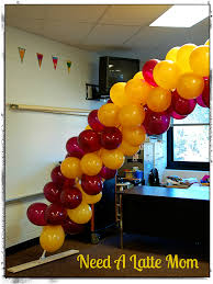 need a latte mom how to make a balloon arch