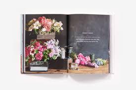 handpicked simple sustainable and seasonal flower arrangements