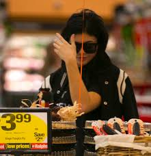 dlisted jenner shops at ralphs for thanksgiving dinner