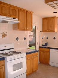 Kitchen Cabinets Oak Honey Oak Kitchen Cabinets With Granite Countertops Kutsko Kitchen