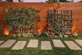 Fencing Ideas For Backyards by 59 Backyard Ideas For Beauty Fun Kids And Entertaining