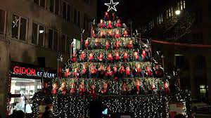 der singing christmas tree in zürich youtube