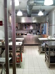 cours de cuisine atelier des chefs un cours de cuisine à l atelier des chefs femin elles