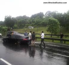 porsche 911 indonesia porsche 911 turbo wrecked jakarta indonesia photo 2