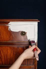 Chippendale Wohnzimmer Schrank Mit Kreidefarbe Möbel Anstreichen Möbel Streichen Mit