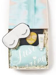 honey moon gifts honeymoon gifts for brideside