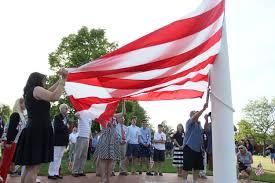 How To Properly Display The American Flag Real Patriotism U0027 On Display Rhodybeat