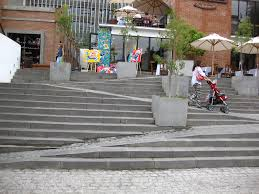 Ibc Stair Design by 8 Amazing Examples Of Ramps Blended Into Stairs Twistedsifter