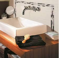 carrelage mural adhesif pour cuisine carrelage adhésif salle de bain on a testé c est