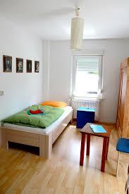 Schlafzimmer Bett Mit Erbau Zimmer U0026 Ferienwohnung Tellervision Geschirrverleih Klein