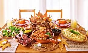 5 tips for hosting a fantastic thanksgiving dinner for a big