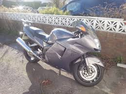 honda cbr1100xx super blackbird mot feb 2018 no advisories in