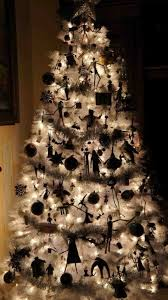 decorations nightmare before tree for
