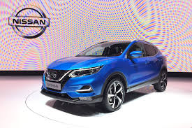 nissan qashqai yellow engine light nissan qashqai goes premium at geneva 2017 by car magazine