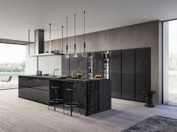 cuisine à l italienne cuisine italienne moderne en laqué brillant design cuisines
