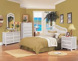 White Washed Bedroom Furniture by Santa Cruz White Wicker Bedroom Suite By Seawinds Trading B579